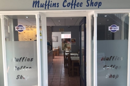 Arments Pie & Mash Now At Muffins Coffee Shop, Milton Keynes!