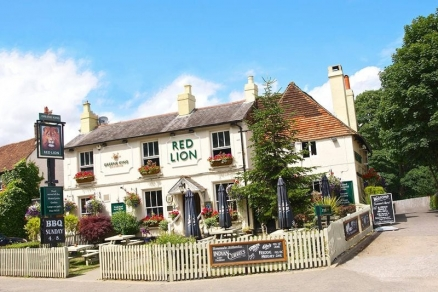 The Red Lion Licensee - Arments Pie and Mash