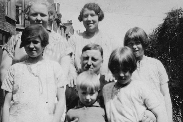 Arments Family - 1928