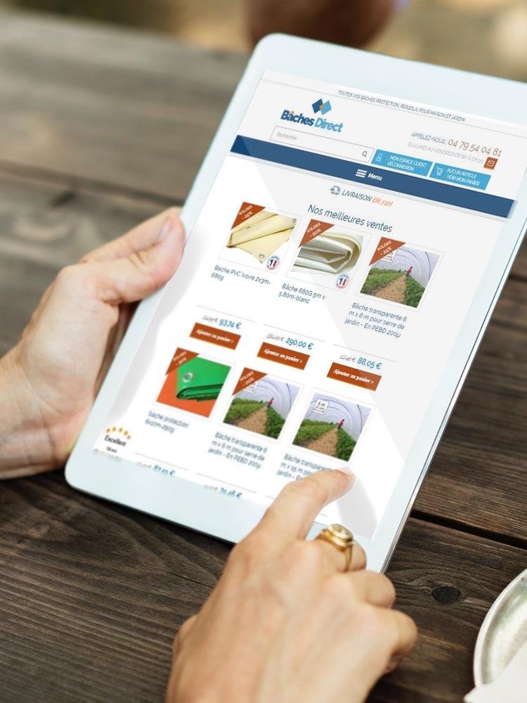 Création de site e-commerce - www.bache-directs.com affiché sur une tablette