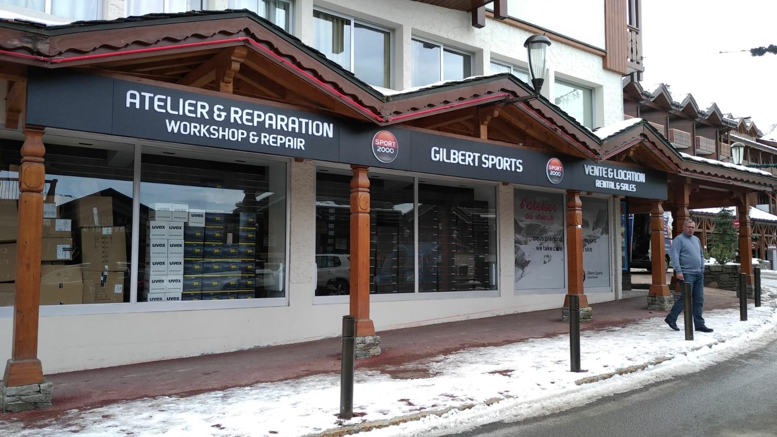 ENSEIGNES BLOC LED - GILBERT SPORTS - COURCHEVEL - SAVOIE PUB