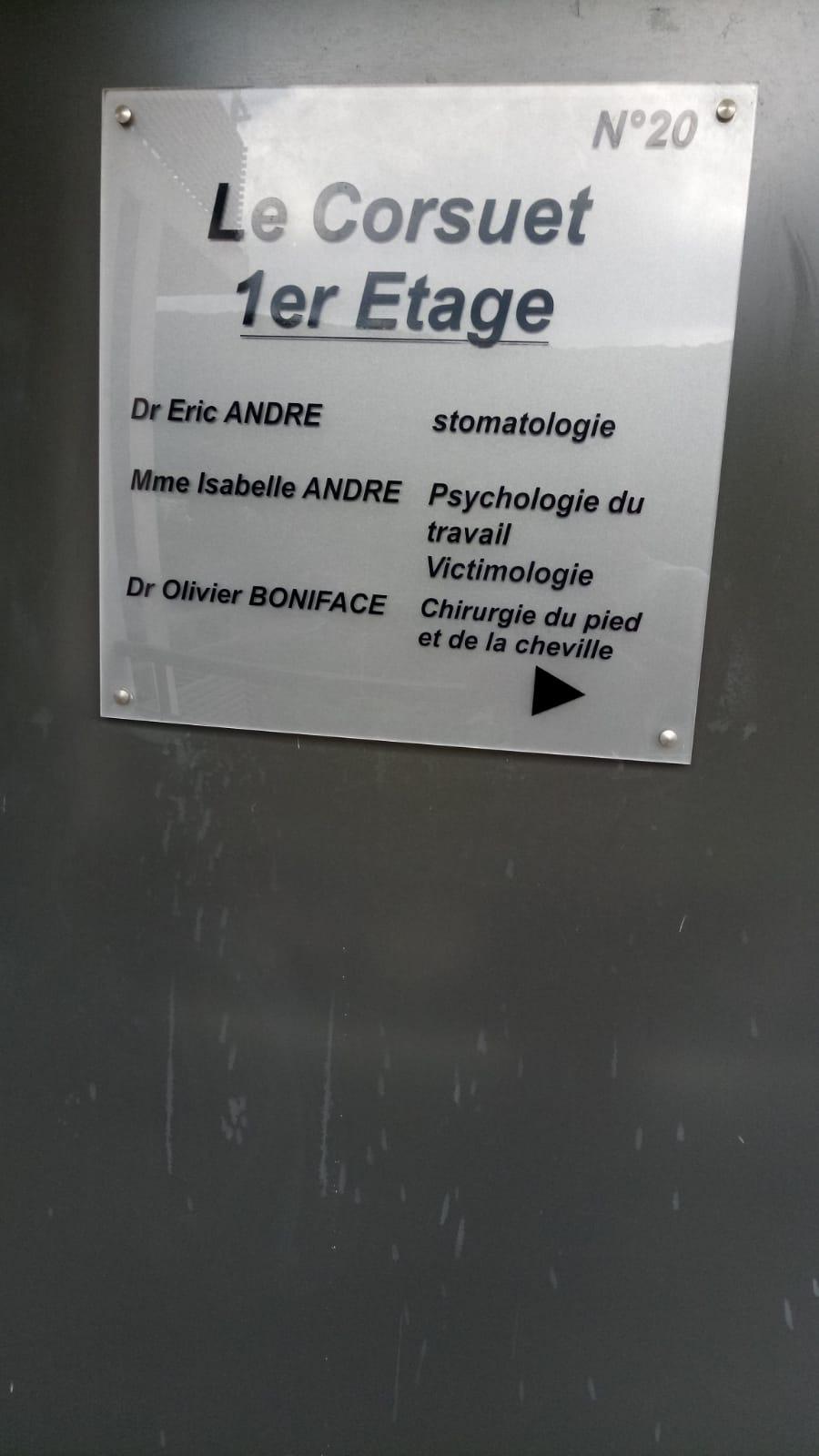 SIGNALÉTIQUE - PLAQUE DE PORTE - LE CORSUET - CHAMBÉRY - SAVOIE PUB