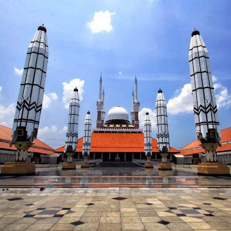 Masjid Agung Jawa Tengah (MAJT)