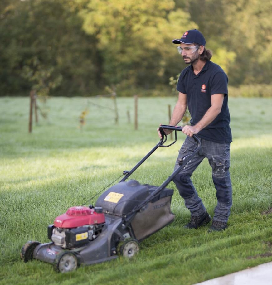 tonte de pelouse professionnels Vendée