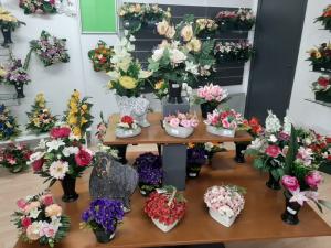 Fleurs par les Pompes Funèbres des Rives de la Seiche