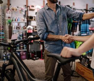 <b>Vente vélos et accessoires</b>