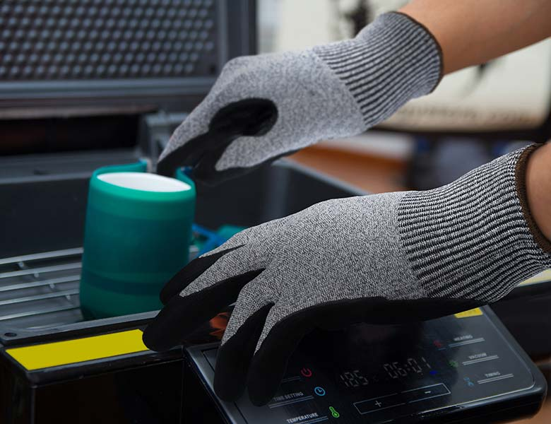 advansafety home page industrial gloves manufacturing welding B37 mobile
