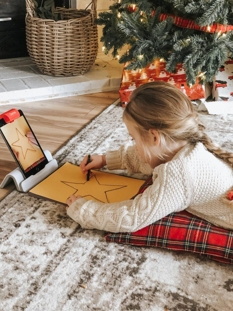 Make Christmas decorations with Osmo Genius Masterpiece game