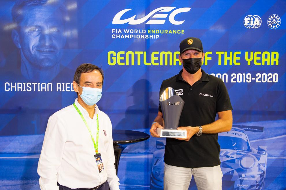 The Gentleman of the Year trophy was given to Christian Ried by ACO President Pierre Fillon.