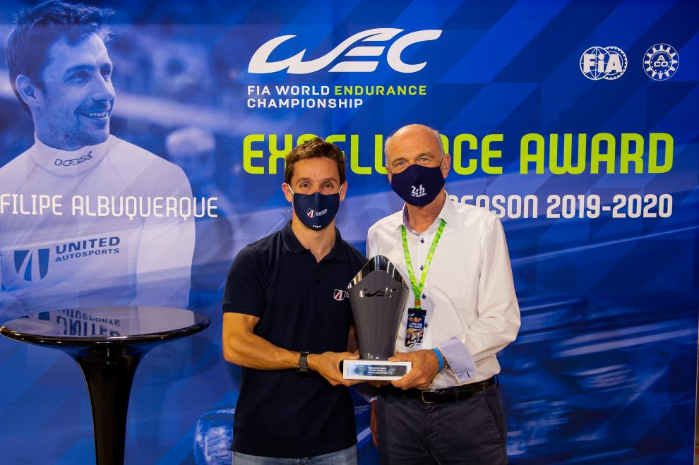 Winner at the 2020 24 Hours of Le Mans in the LMP2 class, Filipe Albuquerque was given the Excellence trophy for the 2019-2020 season by Dr. Wolfgang Ullrich, his former boss at Audi and now a special advisor to the ACO.