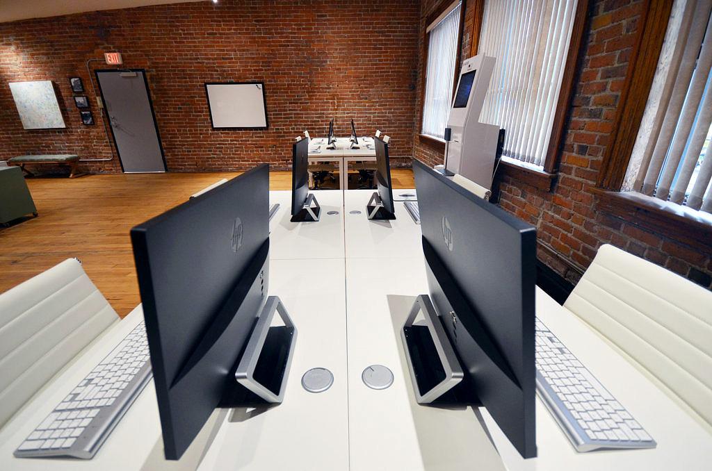 Machool Office Desks