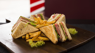 capricciosa-club-sandwich-special