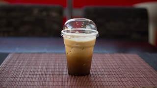in--n--out-freddo-espresso