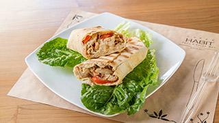 habit-αραβική-πίτα-με-φιλέτο-κοτόπουλο-&-παρμεζάνα