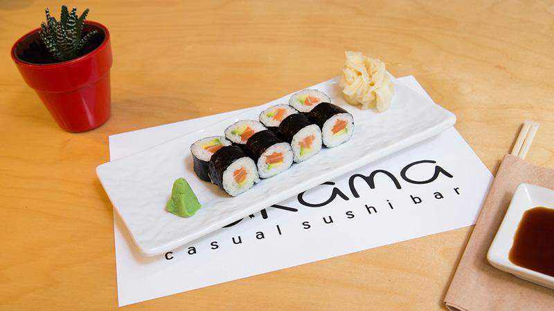 nakama-salmon-maki-roll