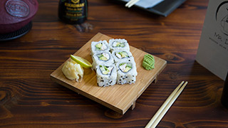 mr.-dim-modern-asian-eatery-california-roll