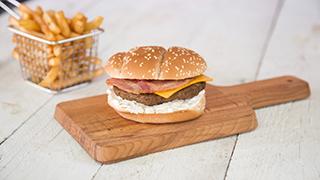 mr.-hot-dog-&-coffees-super3-burger-menu-με-πατάτες