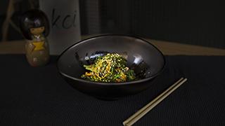 koi-wakame-salad