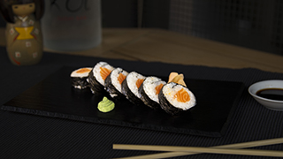 koi-salmon-roll
