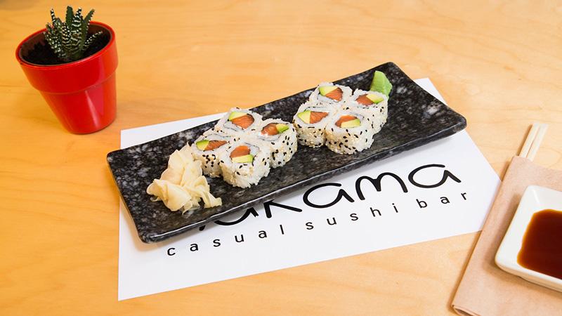 nakama-salmon-avocado-roll