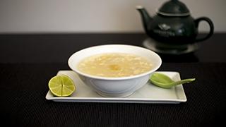 yummy-wok-σούπα-κοτόπουλο-&-καλαμπόκι
