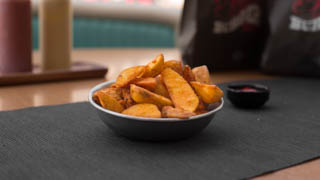 hot-hot-burger-potatoes