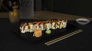 koi-dragon-roll