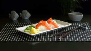 the-sushi-bar-salmon-royal-nigiri