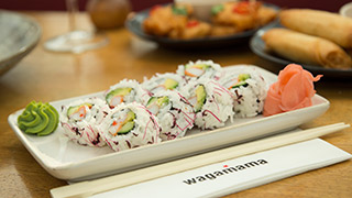 wagamama-uramaki-california-roll