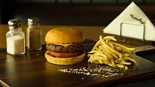 munchy`s-cheddar-burger