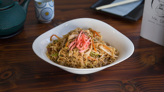 mr.-dim-modern-asian-eatery-yakisoba-chicken-noodles
