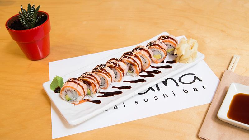 nakama-salmon-teriyaki-roll