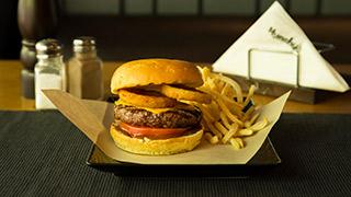 munchy`s-kansas-bourbon-burger