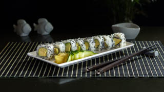the-sushi-bar-avocado-roll-(inside-out)