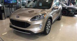 Ford Escape, 2020 Titanium NUEVO