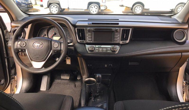Toyota RAV4, 2015 XLE lleno