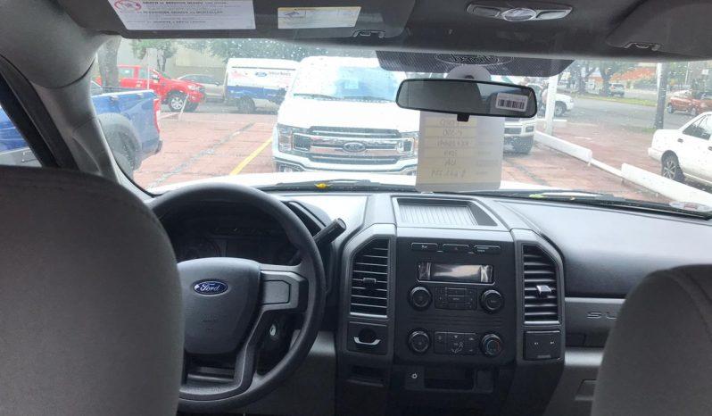 Ford F-350, 2019  3.5 Toneladas Automática Aire lleno