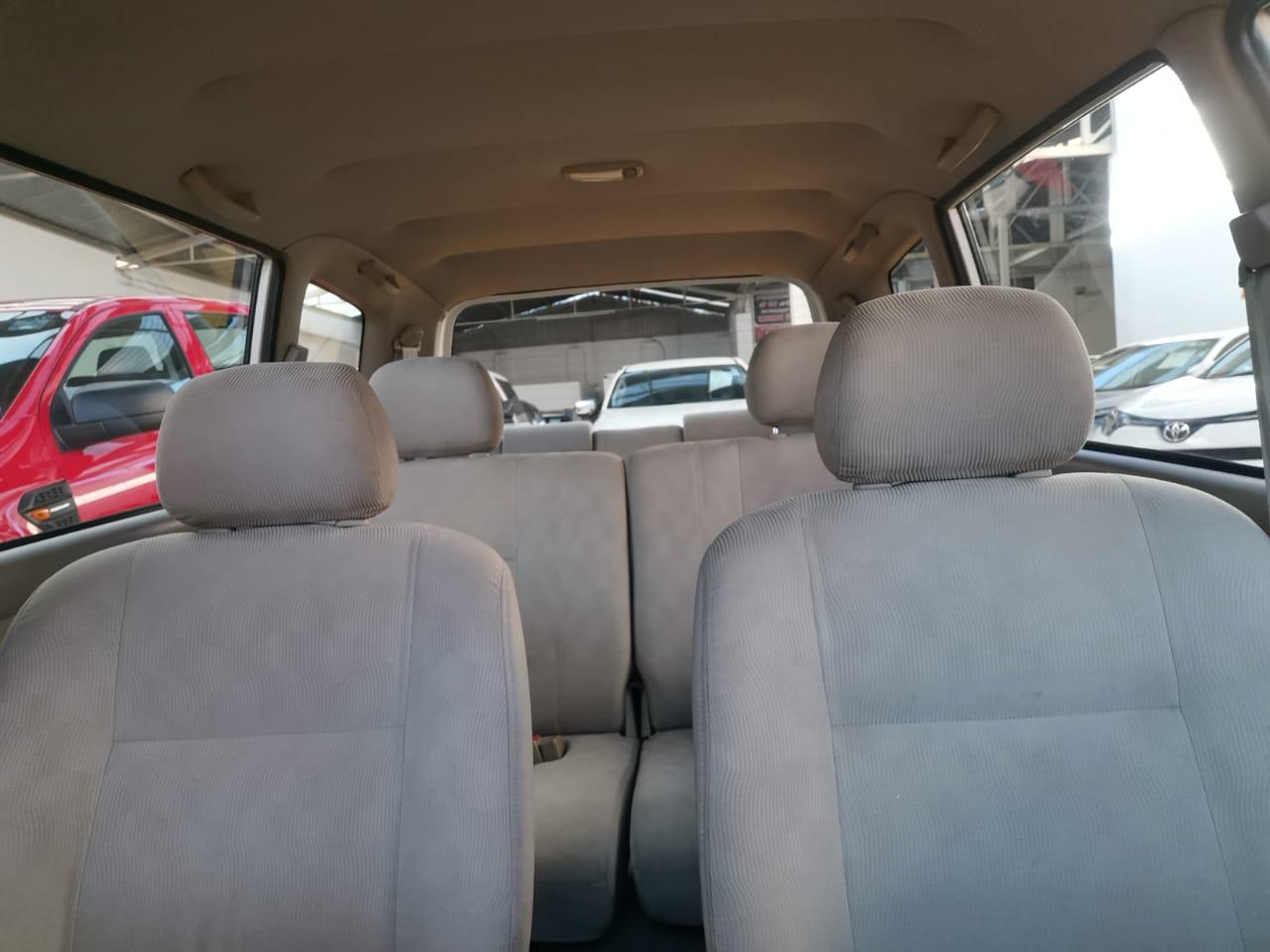 Toyota Avanza 2010 1.5 Premium AT lleno