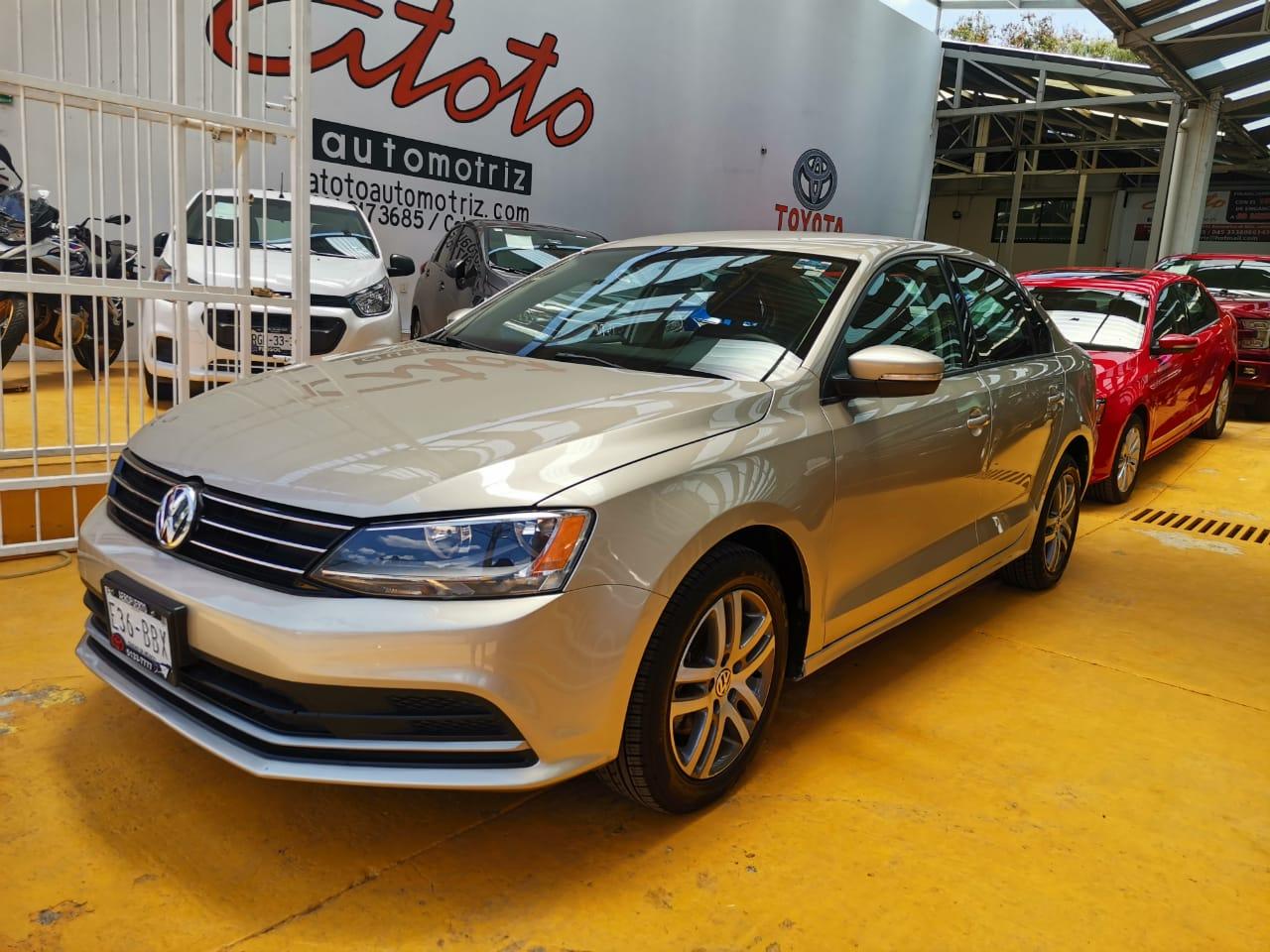Volkswagen Jetta, 2015