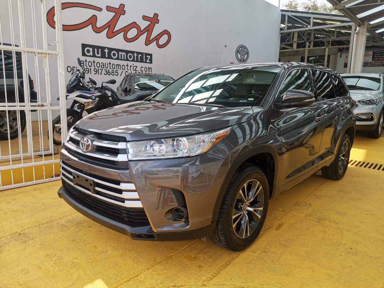 Toyota highalnder 2019