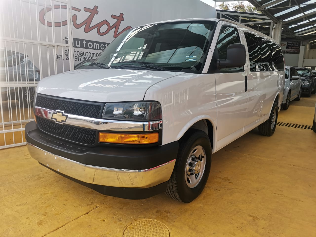 Chevrolet Express, 2018 Ls L 12 Pas At