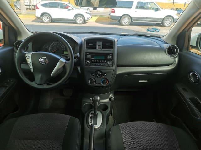 Nissan Versa, 2019 Sense At lleno