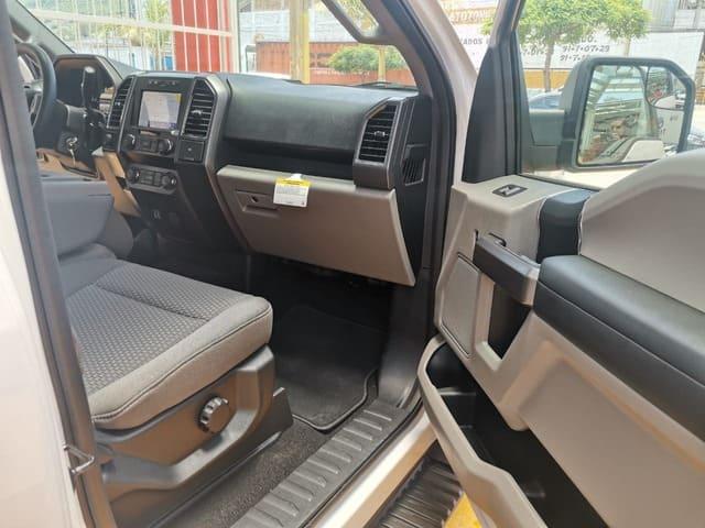 Ford Lobo, 2020 XLT lleno