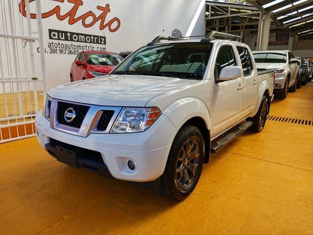 Nissan Frontier, 2016 Pro-4x V6 4×2 At