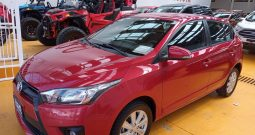Toyota Yaris, 2017 CVT 5ptas