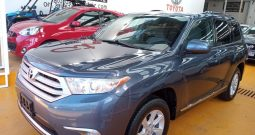 Toyota Highlander, 2013 Base Premium AT