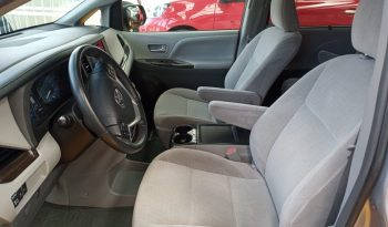 Toyota Sienna, 2017 XLE lleno