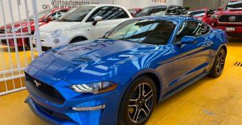 Mustang Azul