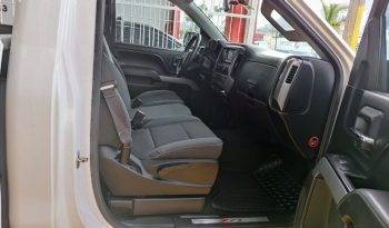 2015 Chevrolet Cheyenne 2500 Cab Reg 4X4 lleno