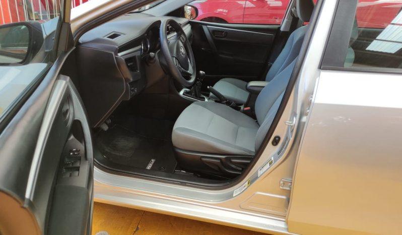 Toyota Corolla. 2016 BASE MT lleno